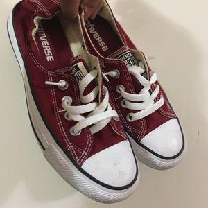 Maroon, Slip on converse